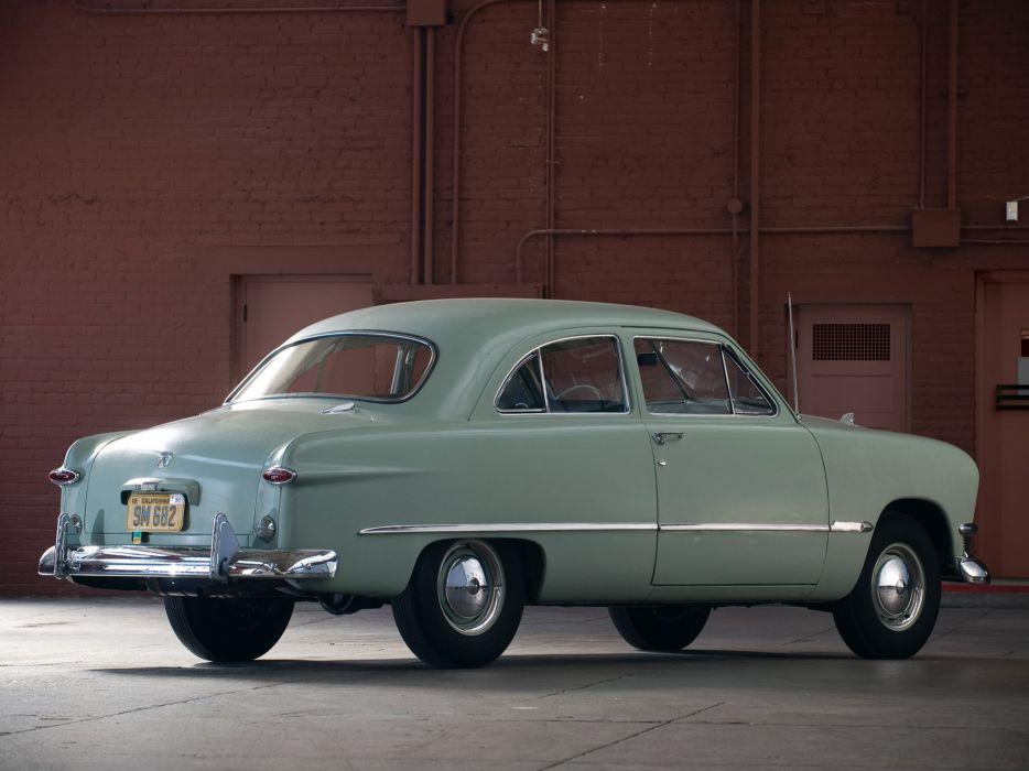 1950 Ford Custom Deluxe Tudor Sedan (70B) retro   g wallpaper