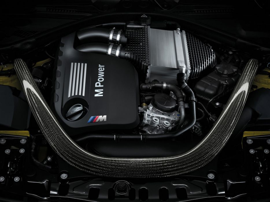 2014 BMW M-4 Coupe (F82) engine wallpaper