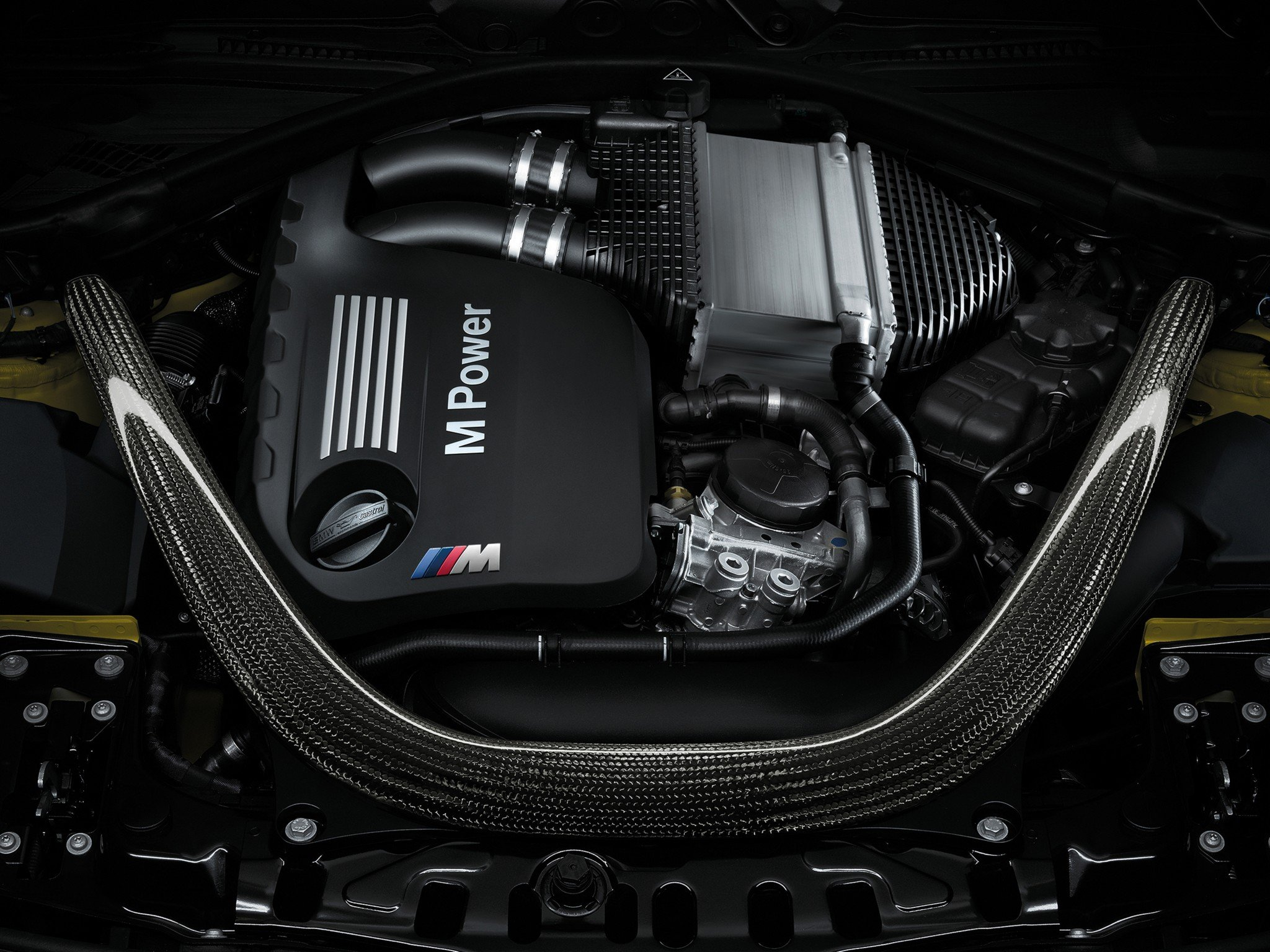 2014 BMW M-4 Coupe (F82) engine wallpaper   2048x1536 ...