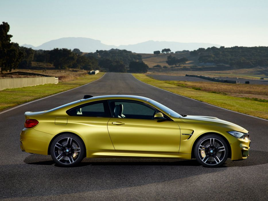 2014 BMW M-4 Coupe (F82) gd wallpaper