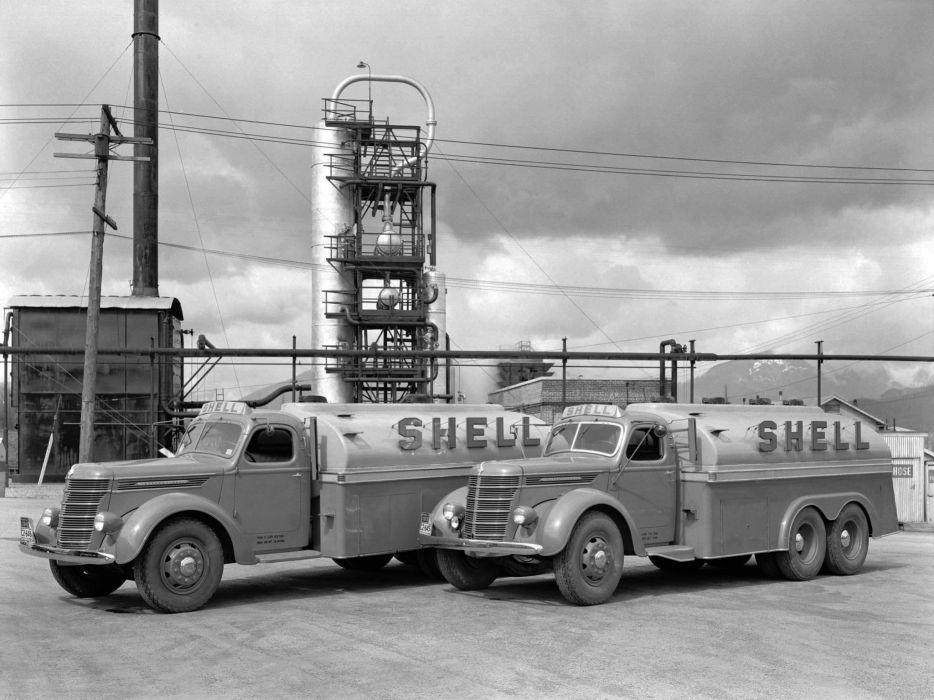 1937 International D30 Tanker semi tractor retro  g wallpaper