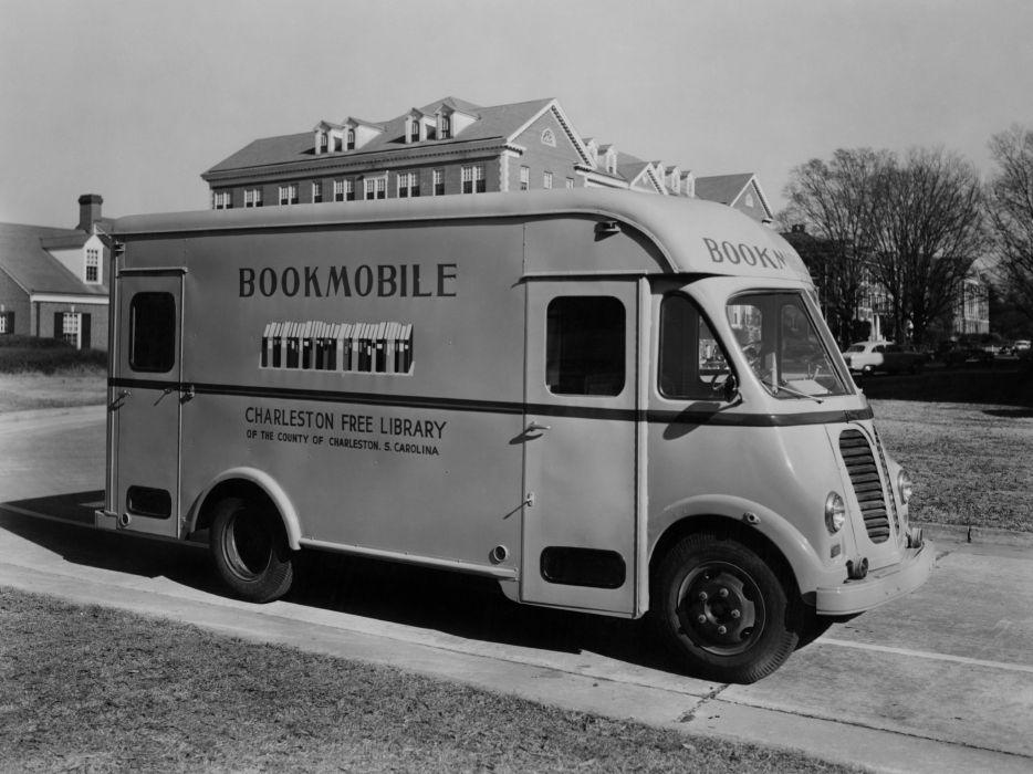 1952 International Metro Bookmobile (LM-Series) retro      f wallpaper