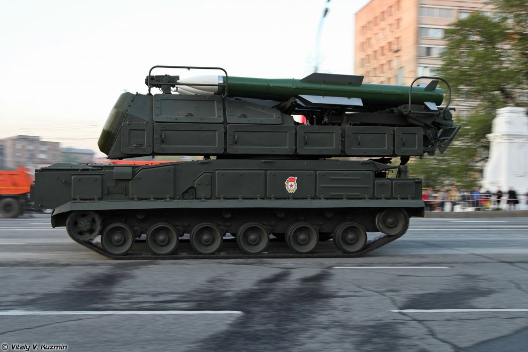 April-29th rehearsal of 2014 Victory Day Parade in Moscow Russia Red Star Russian Military Army 9A317 TELAR for Buk-M2 air defence system anti-aircraft missile 4000x2667 wallpaper