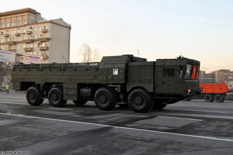 April-29th rehearsal of 2014 Victory Day Parade in Moscow Russia Red Star Russian Military Army 9T250 loading vehicle for Iskander-M system 4000x2667 wallpaper