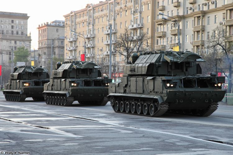 April-29th rehearsal of 2014 Victory Day Parade in Moscow Russia Red Star Russian Military Army Tor-M2U missile system 4000x2667 wallpaper