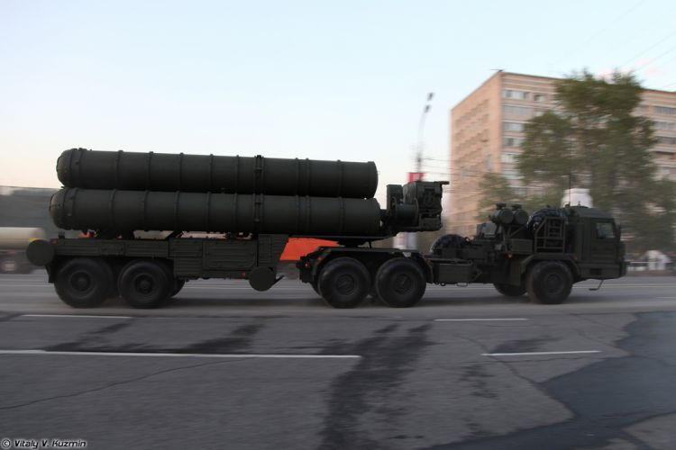 April-29th rehearsal of 2014 Victory Day Parade in Moscow Russia Red Star Russian Military ArmyTEL for S-400 missile system 4000x2667 wallpaper