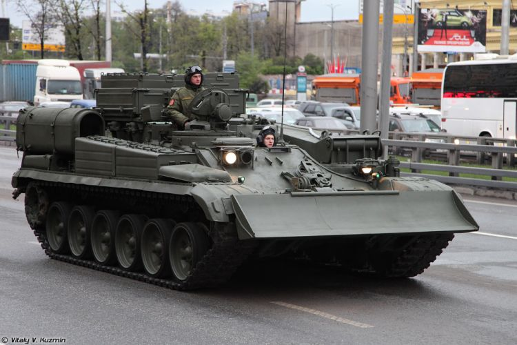 May-5th rehearsal of 2014 Victory Day Parade in Moscow Russia Red Star Russian Military Army Armoured recovery vehicle BREM-1 4000x2667 wallpaper
