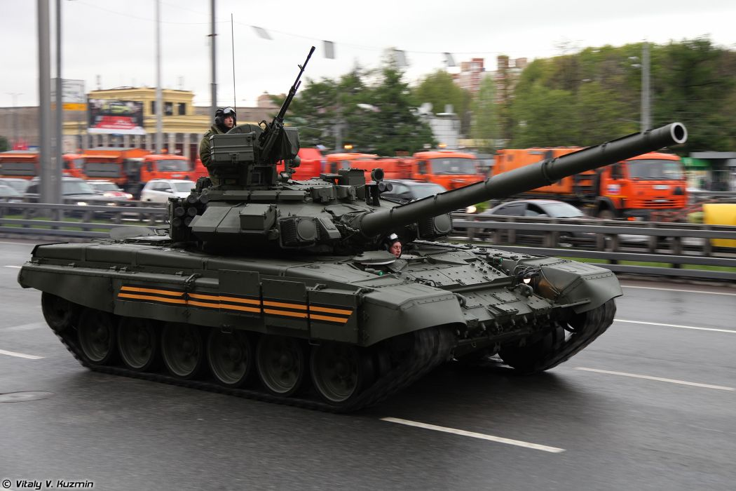 May-5th rehearsal of 2014 Victory Day Parade in Moscow Russia Red Star Russian Military Army T-90A main-battle-tank MBT 4000x2667 wallpaper