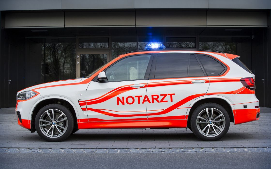 2014 BMW X5-xDrive30d Paramedic car Germany 4000x2500 wallpaper