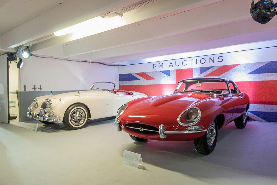 RM's Auction in Monaco classic car 1961 Jaguar E-Type Series1 3_8-Litre Roadster 4000x2677 wallpaper