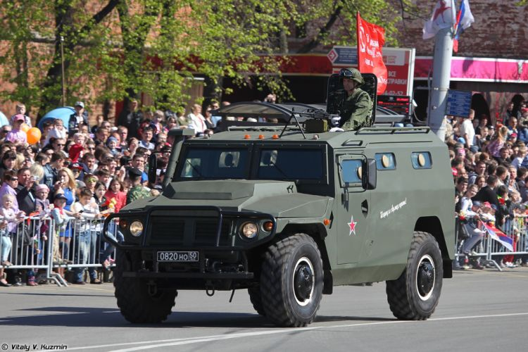 2014 Victory Day Parade-in-Nizhny-Novgorod Russia Military Russian Army Red-Star 4x4 Special armored vehicle SBM VPK-233136 4000x2667 wallpaper