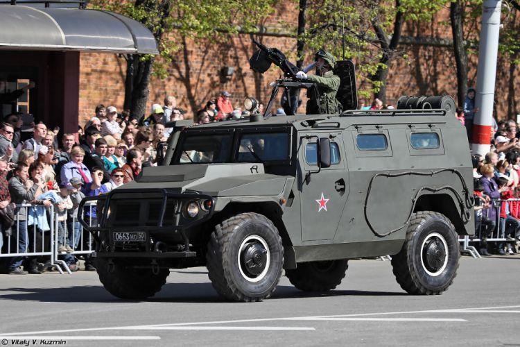 2014 Victory Day Parade-in-Nizhny-Novgorod Russia Military Russian Army Red-Star AMN 233114 Tigr-M armored vehicle 2 4000x2667 wallpaper