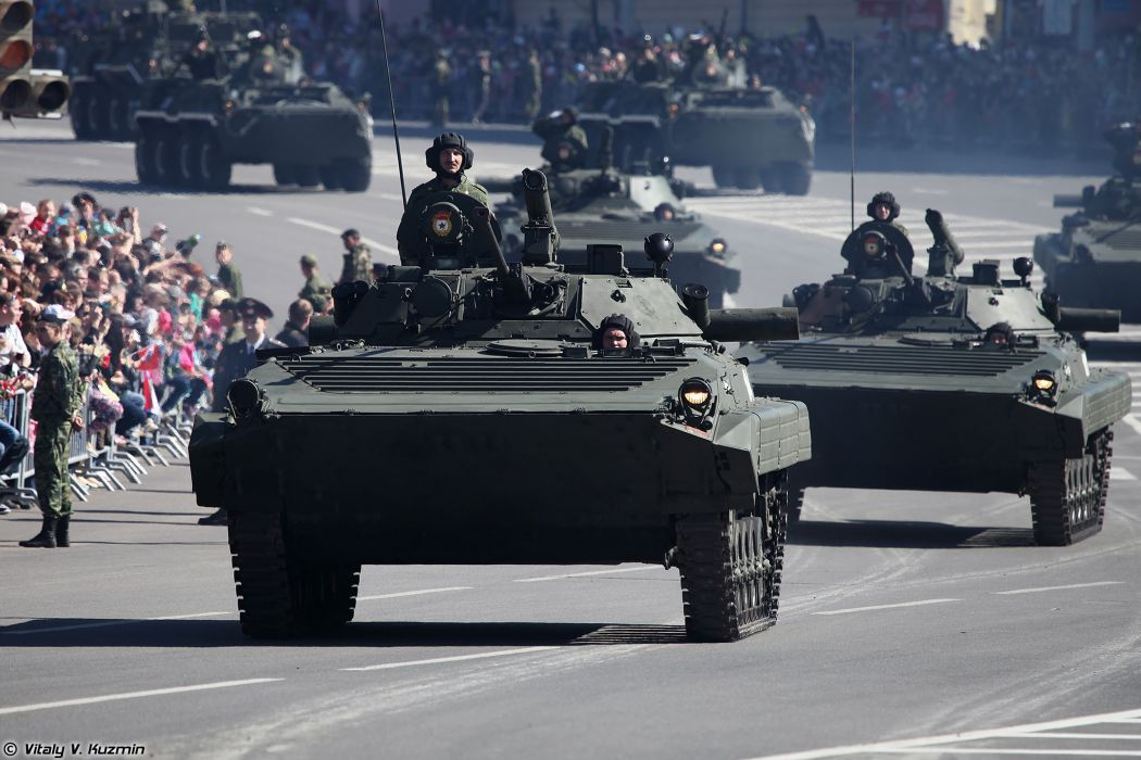 2014 Victory Day Parade-in-Nizhny-Novgorod Russia Military Russian Army Red-Star armored BMP-2 IFV 4 4000x2667 wallpaper