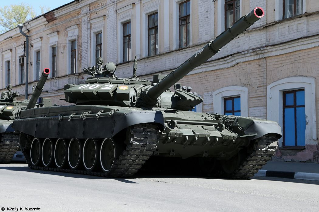 2014 Victory Day Parade-in-Nizhny-Novgorod Russia Military Russian Army Red-Star Armored Tank MBT T-72B3 tanks from 9th Separate Motor Rifle Brigade 2 4000x2667 wallpaper