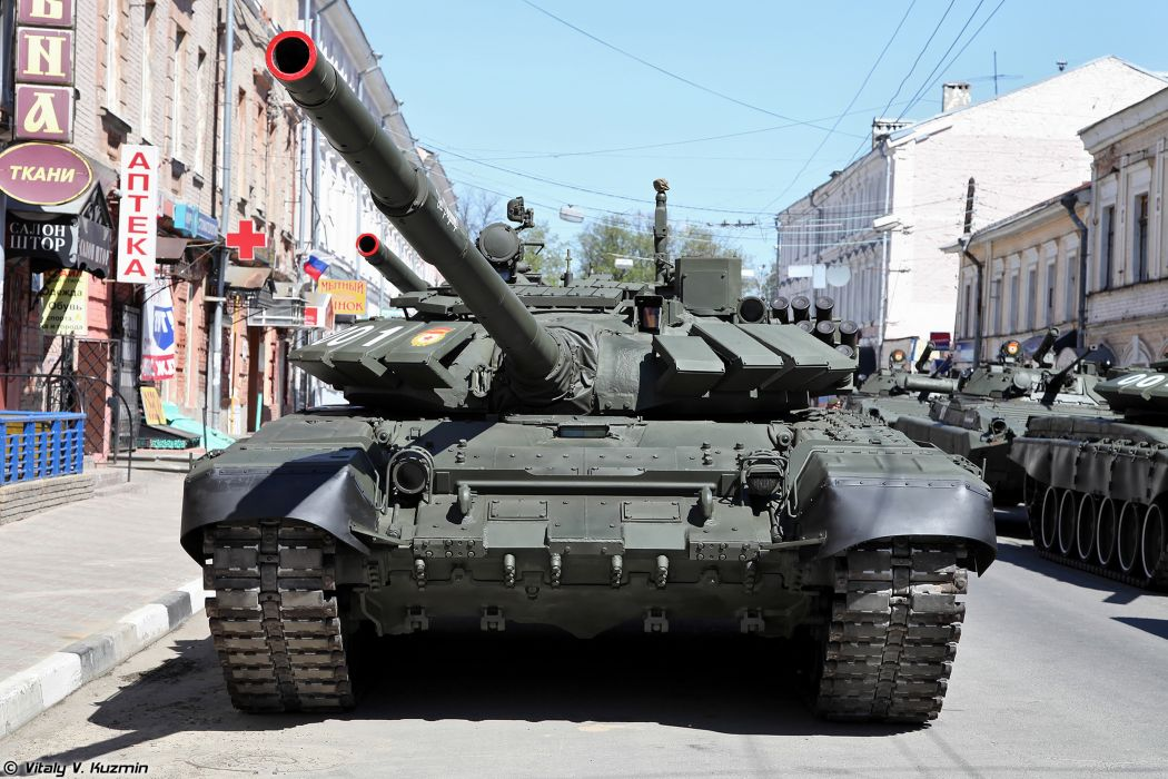 2014 Victory Day Parade-in-Nizhny-Novgorod Russia Military Russian Army Red-Star Armored Tank MBT T-72B3 tanks from 9th Separate Motor Rifle Brigade 4 4000x2667 wallpaper