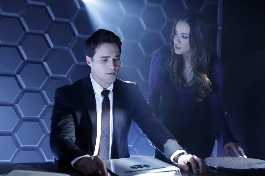 AGENTS OF SHIELD action drama sci-fi marvel comic series crime (7) wallpaper