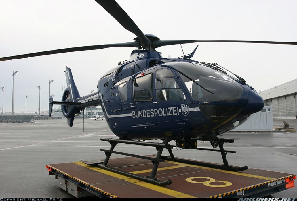 helicopter aircraft police federal Germany eurocopter ec-135 bundespolizei wallpaper