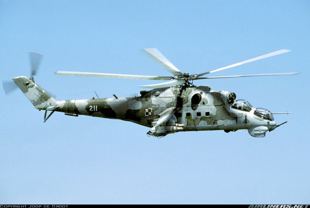 helicopter aircraft attack military army mil-mi Poland wallpaper