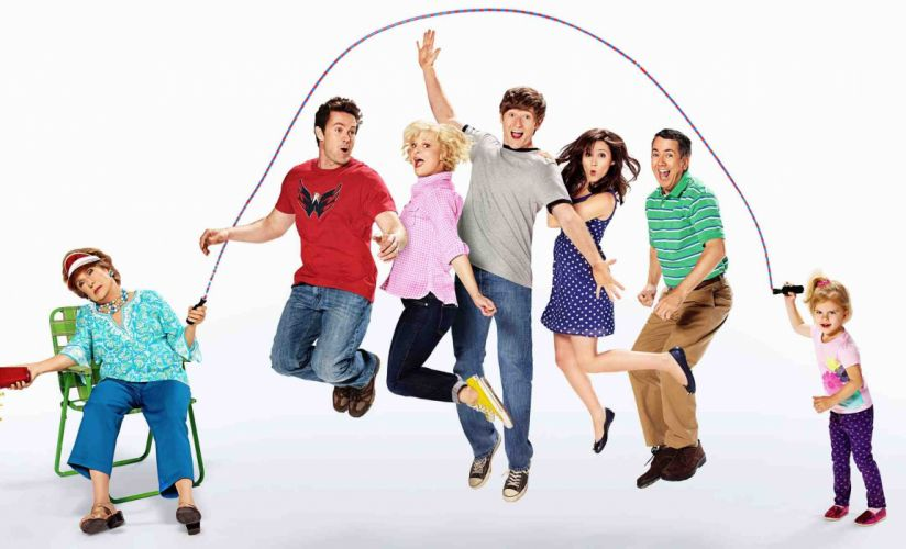 RAISING HOPE comedy drama family sitcom series (4) wallpaper