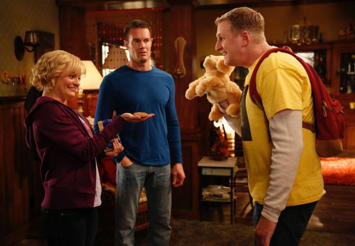 RAISING HOPE comedy drama family sitcom series (31) wallpaper