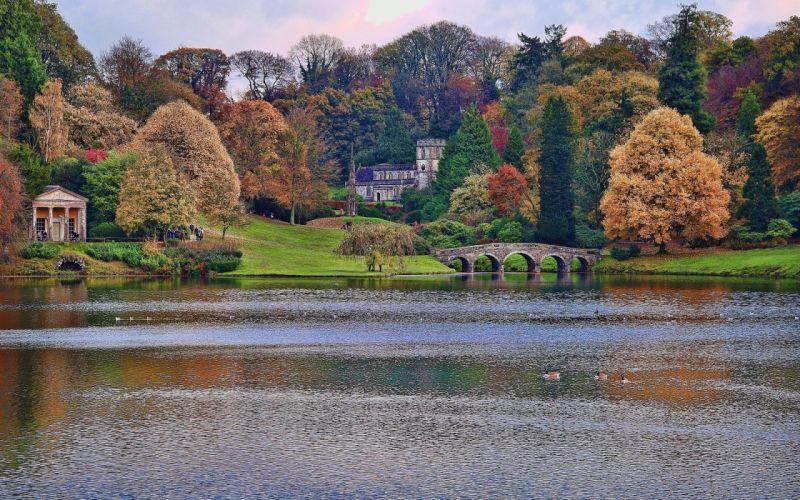 Wiltshire England autumn lake river wallpaper