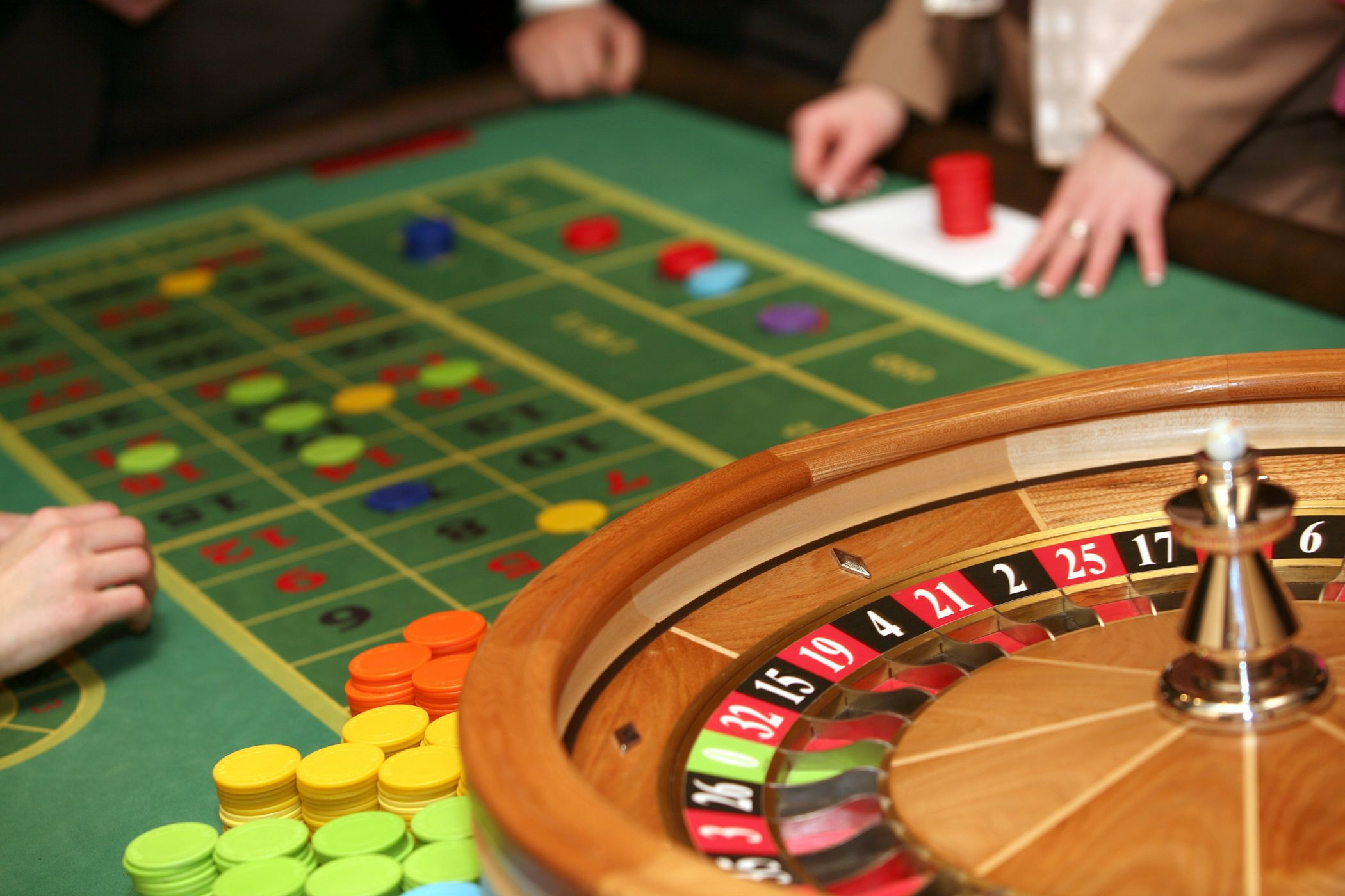 казино рулетка играть на деньги онлайн