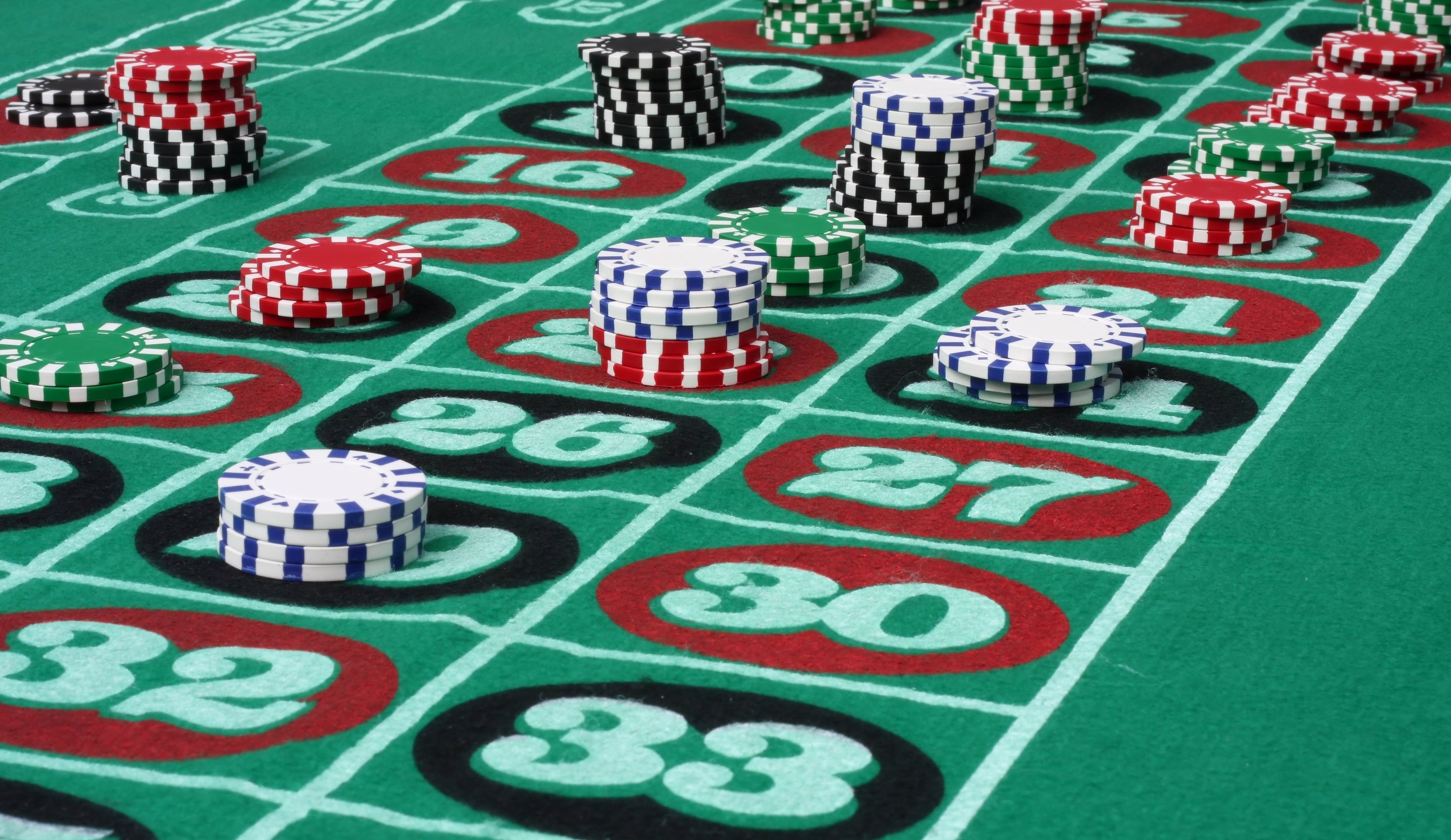 Roulette wheel gambling 14 wallpaper 2937x1701 355046 wallpaperup - Table tv a roulettes ...