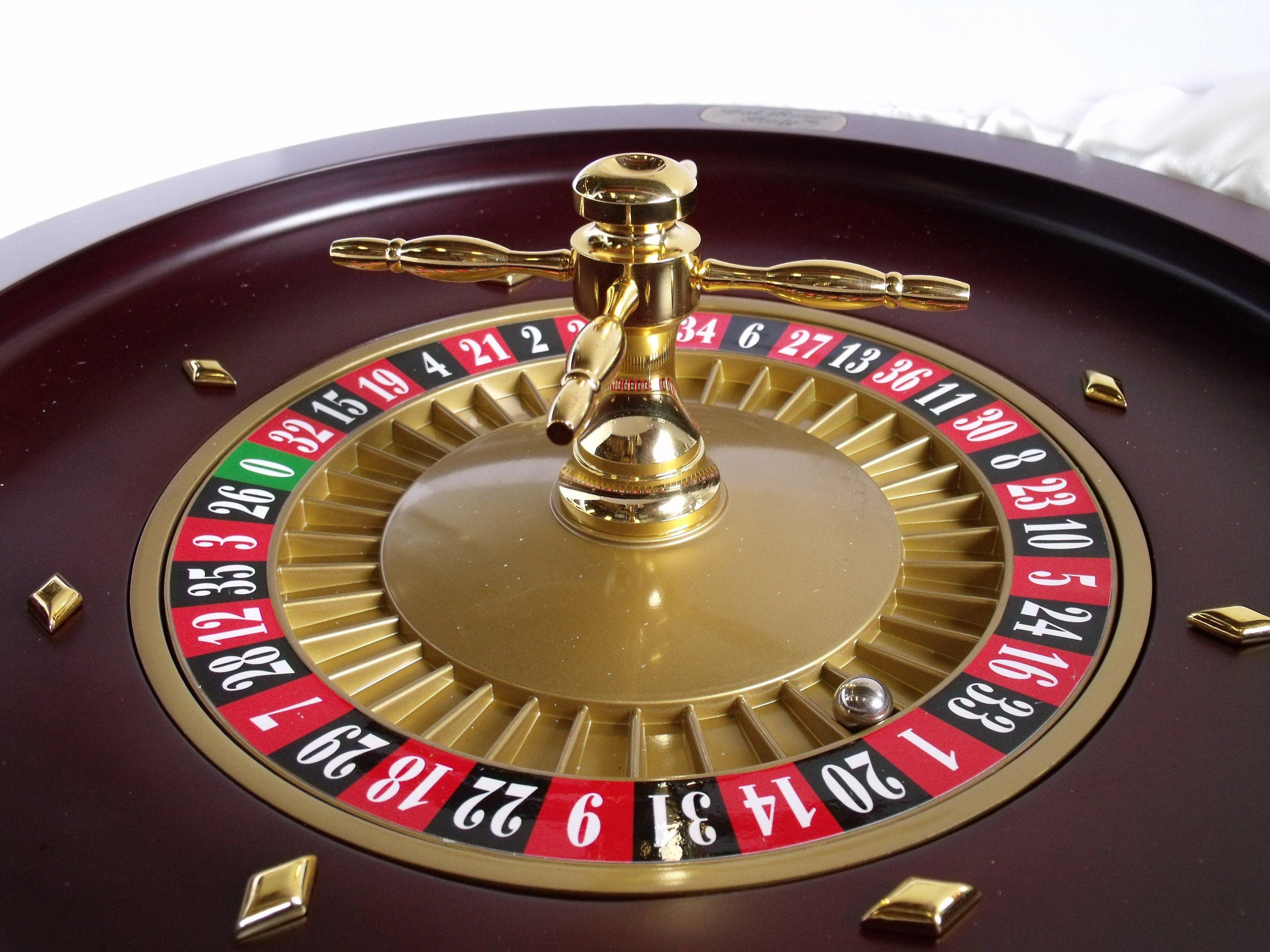 Roulette wheel wallpaper