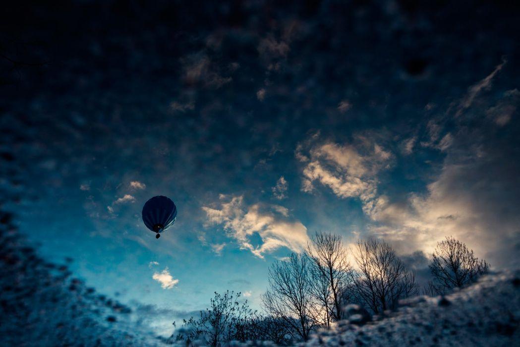 sky balloon clouds wallpaper