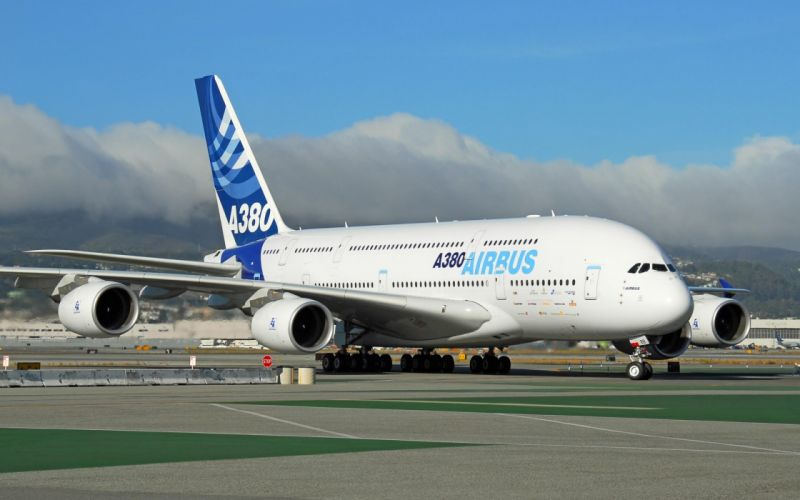 AIRBUS A380 airliner plane airplane transport (18) wallpaper