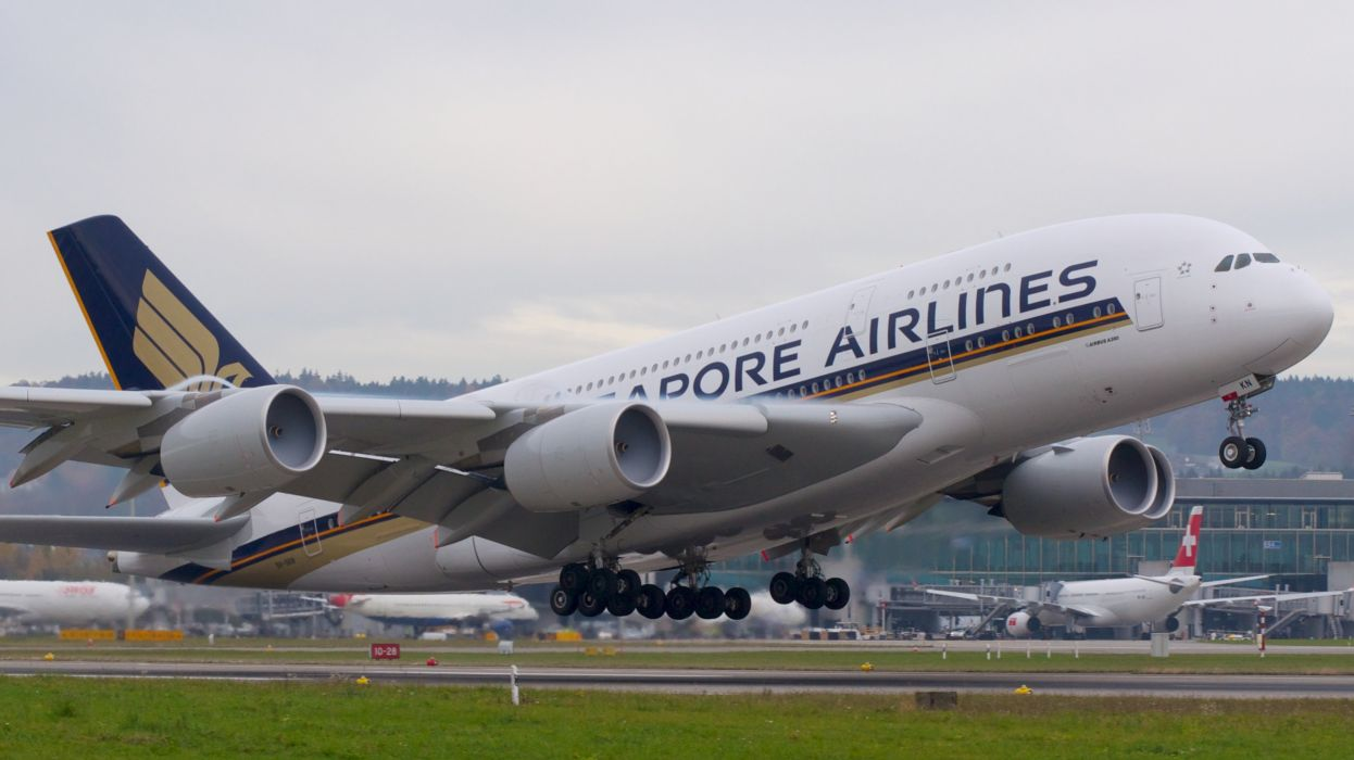 AIRBUS A380 airliner plane airplane transport (44) wallpaper