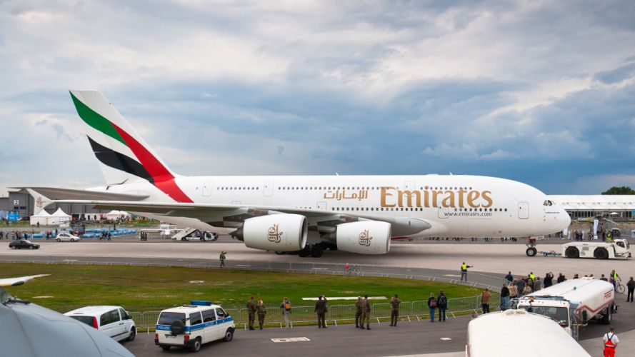 AIRBUS A380 airliner plane airplane transport (56) wallpaper