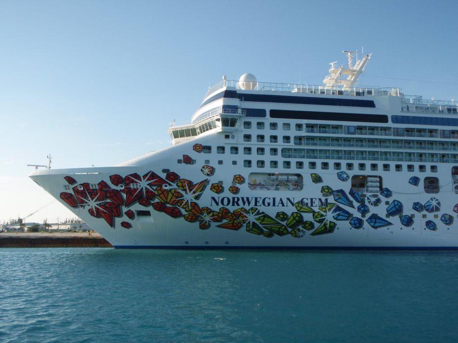 CRUISE ship oceanliner liner boat (8) wallpaper