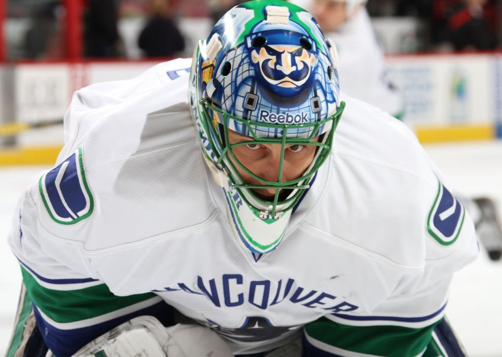 VANCOUVER CANUCKS nhl hockey (29) wallpaper