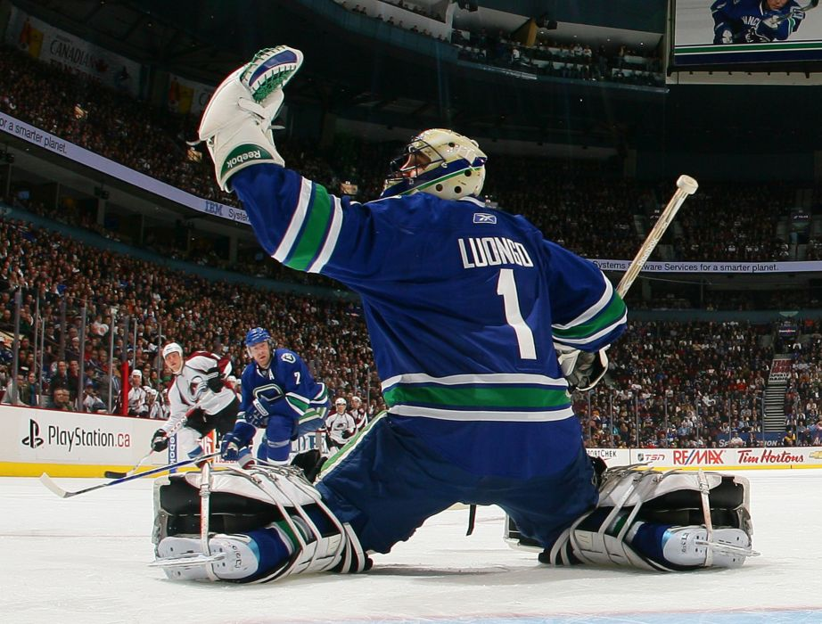 VANCOUVER CANUCKS nhl hockey (37) wallpaper