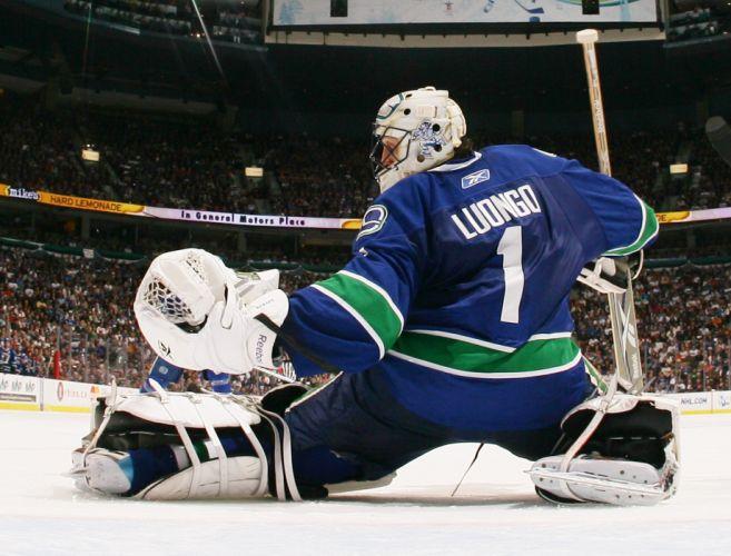 VANCOUVER CANUCKS nhl hockey (85) wallpaper