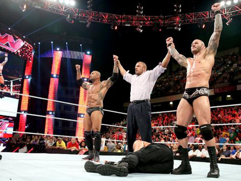 WWE wrestling fighting  ye wallpaper