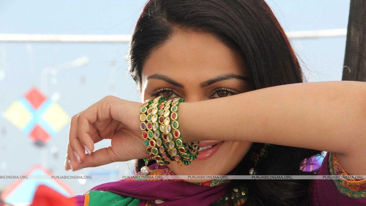 NEERU BAJWA bollywood actress model babe (31) wallpaper