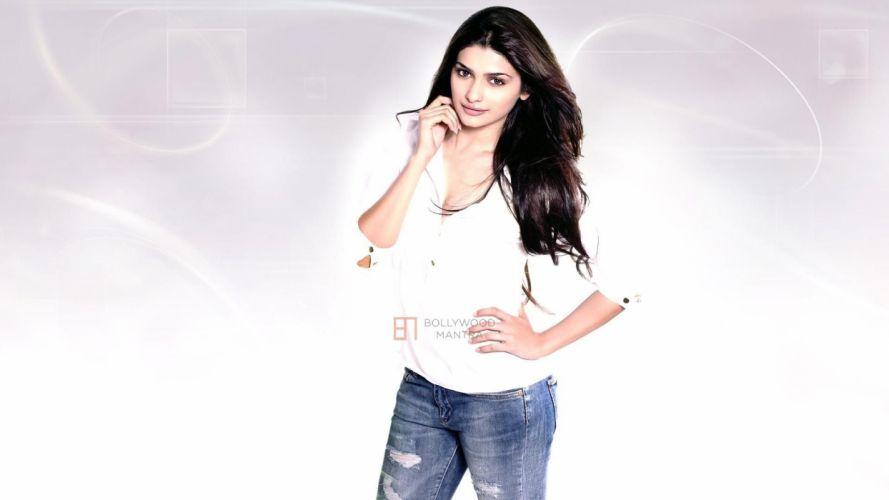 PRACHI DESAI bollywood actress model babe (10) wallpaper