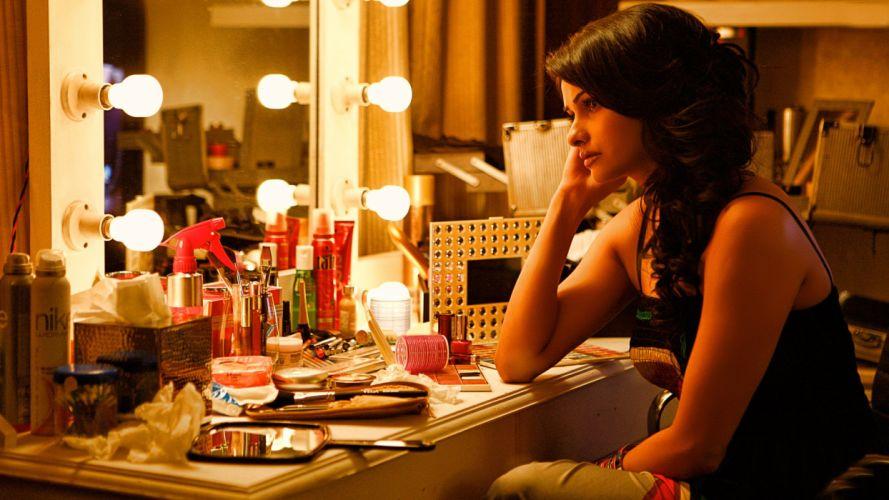 PRACHI DESAI bollywood actress model babe (17) wallpaper