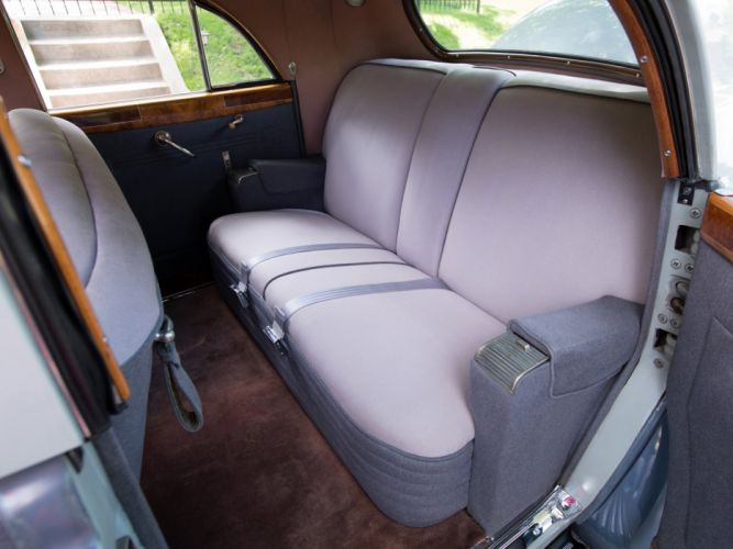 1941 Packard 180 Custom Super Eight Sport Brougham LeBaron (1907-1452) retro luxury interior h wallpaper
