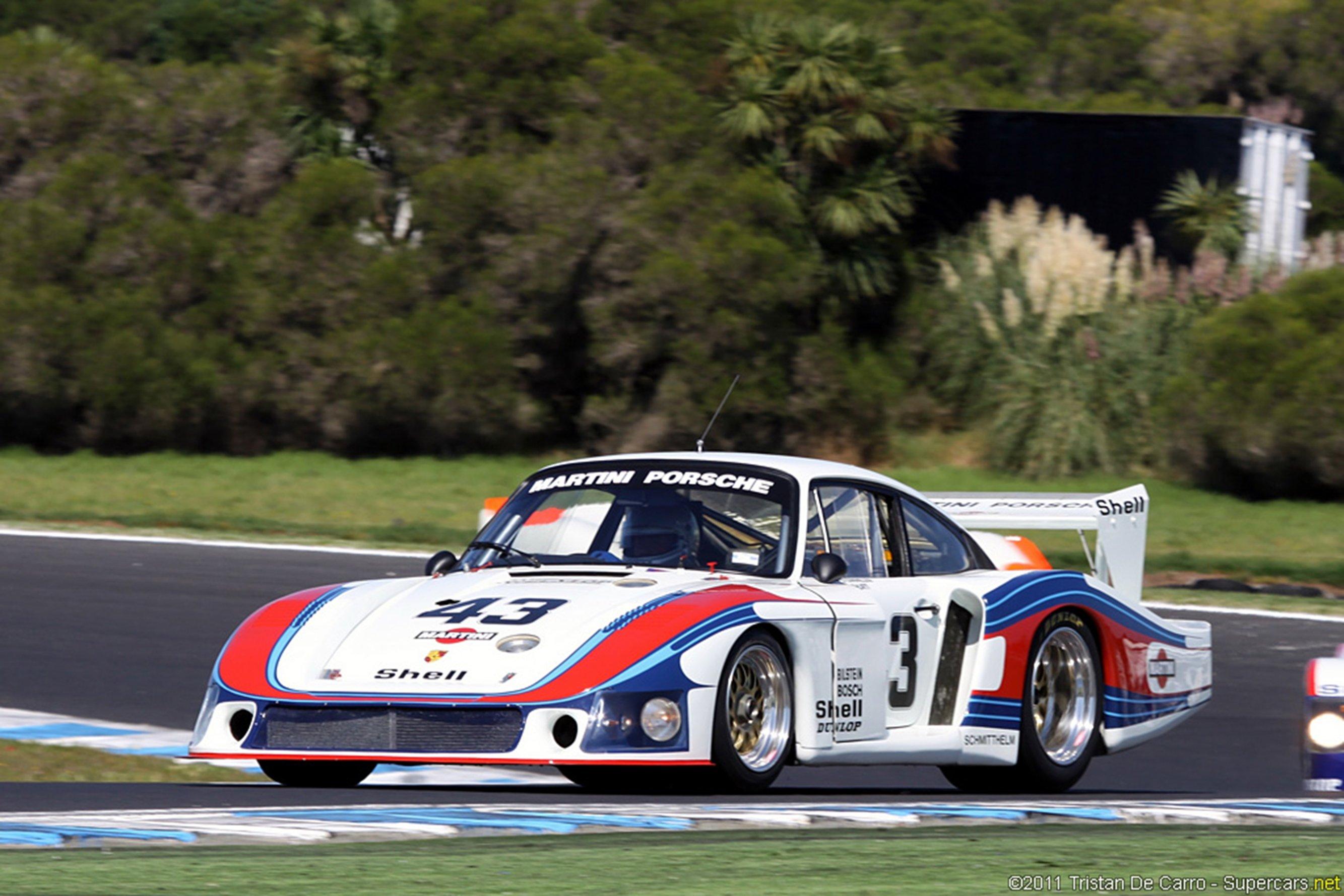 Race Car Classic Racing Porsche Martini 2667x1779 wallpaper ...