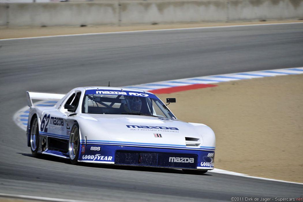 Race Car Classic Racing Mazda RX-7 2667x1779  wallpaper