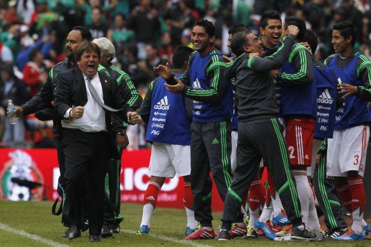MEXICO soccer (24)_JPG wallpaper