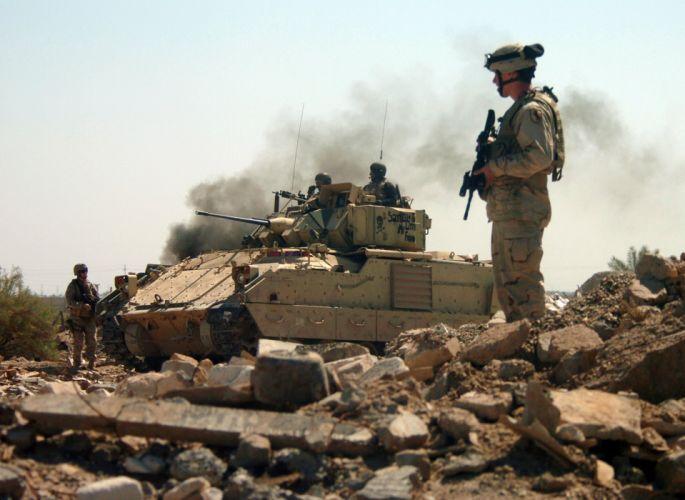 BRADLEY FIGHTING VEHICLE (bfv) apc tank tanks transport weapon military (16) wallpaper