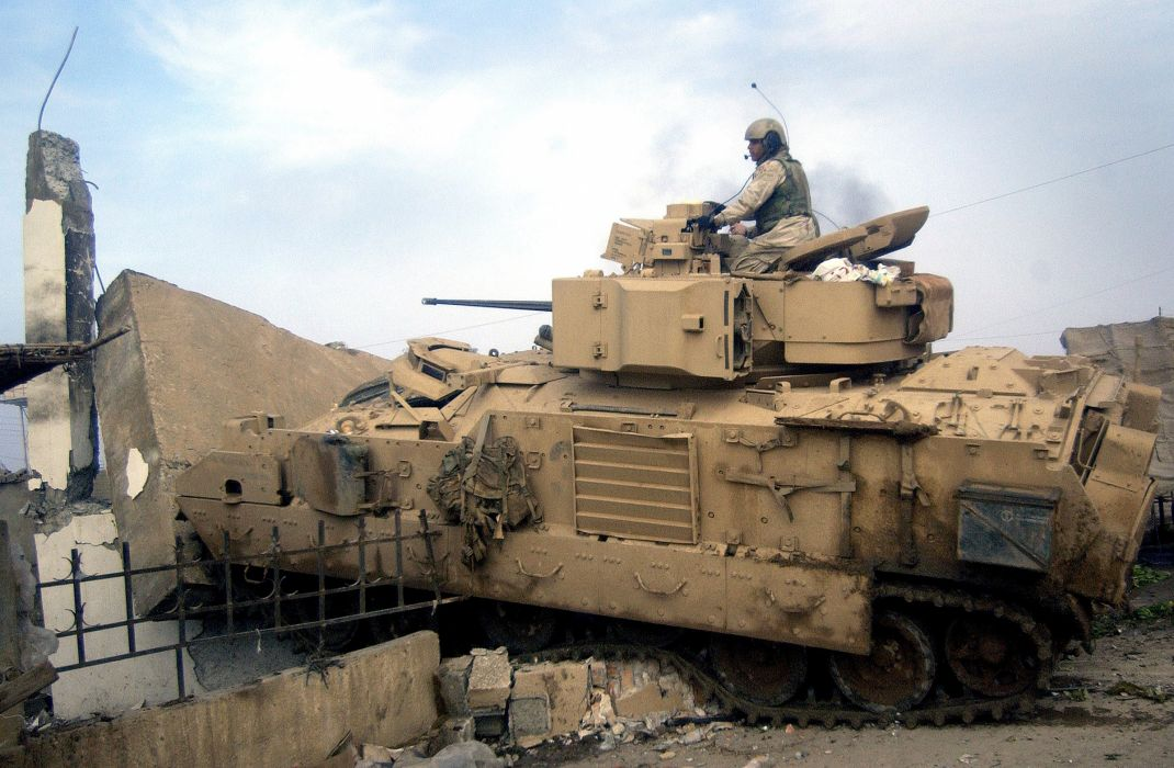 BRADLEY FIGHTING VEHICLE (bfv) apc tank tanks transport weapon military (22) wallpaper