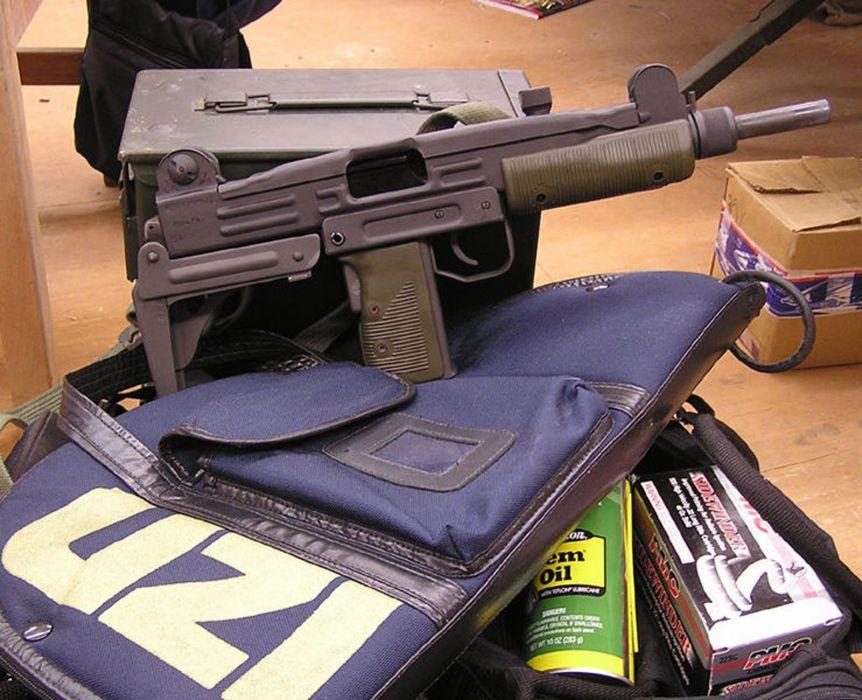 UZI machine gun weapon military police assault pistol (40) wallpaper