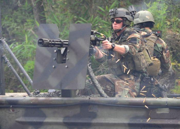 MINIGUN machine gun weapon military (9) wallpaper