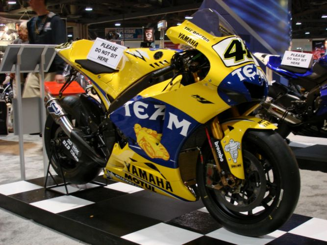 MOTOGP Championship Grand Prix superbike race racing moto le-mans (99) wallpaper