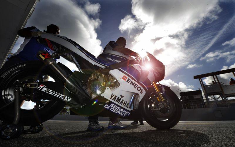 MOTOGP Championship Grand Prix superbike race racing moto le-mans (240) wallpaper